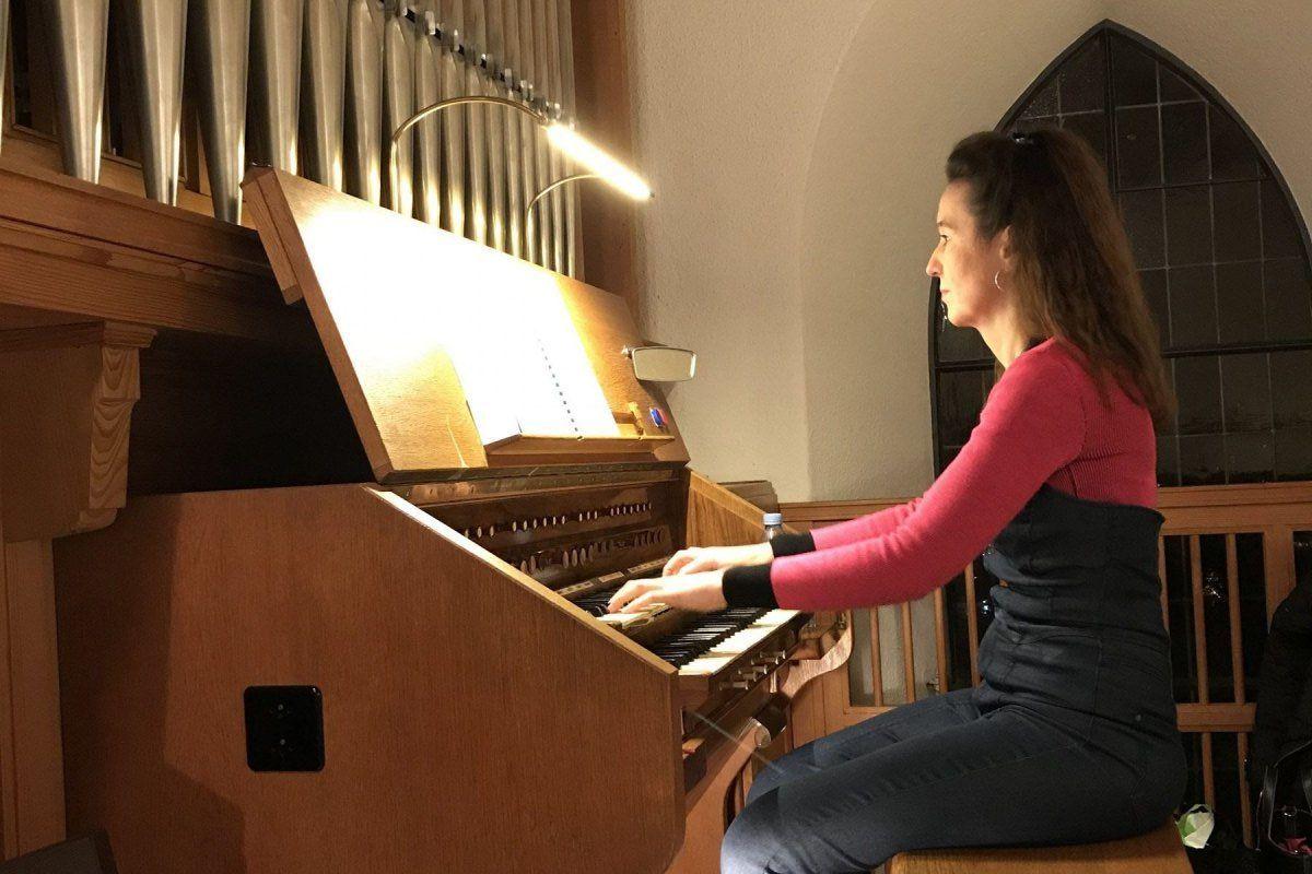 Christine-Pellegrini-_Orgel-Umiken-2020_12_09_1